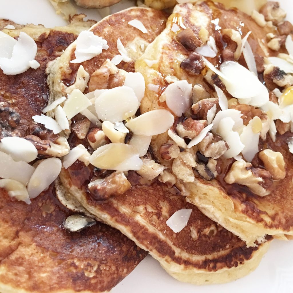 whats-cookin-american-style-pancakes-recipe-that-girl-myra