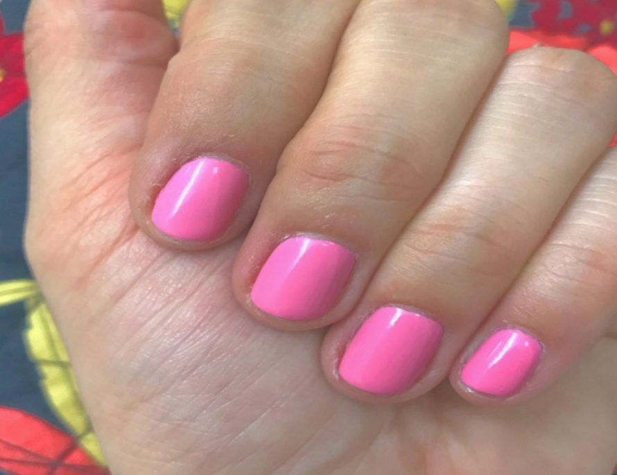 Essie Gel Couture - Haute to Trot | That Girl Myra